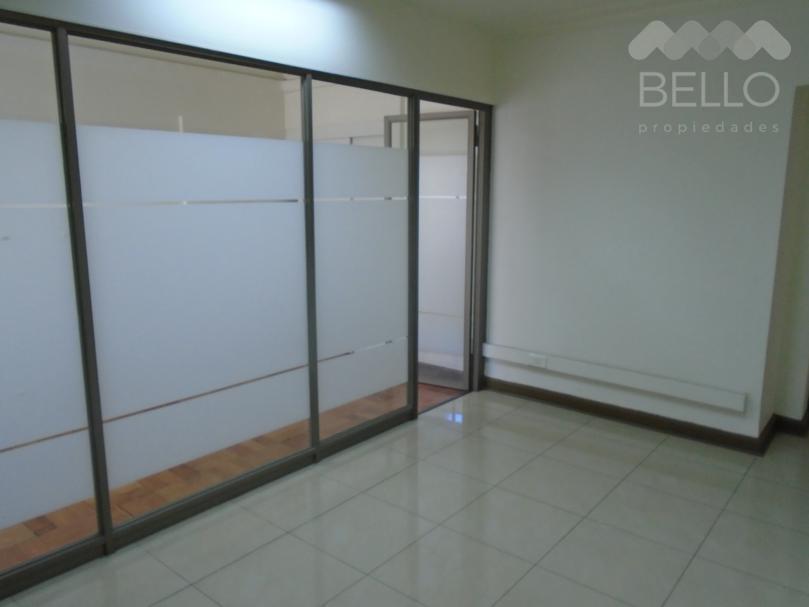 Arriendo oficina Agustinas-Mac Iver 114 m2  $800.000 Santiago