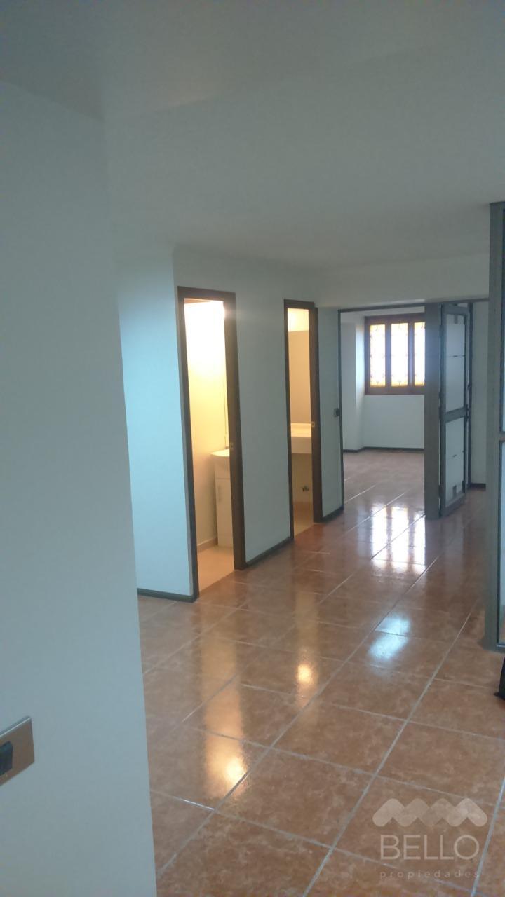 Arriendo Oficina Monjitas - Metro Bellas artes 109 m2 4D/3B $750.000
