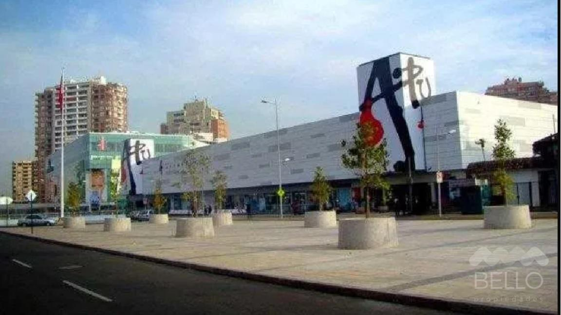 Arriendo local Mall Apumanque Metro Manquehue