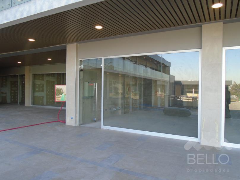 Venta Local Strip Center Peñalolen  76 m2 UF 6.300+IVA