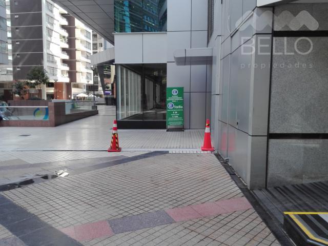 Arriendo Comercial Santiago Centro 159 m2 UF 143,10