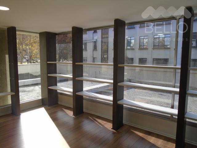 Arriendo oficina 102 m2 Perez Valenzuela - Av. Andres Bello $1.250.000