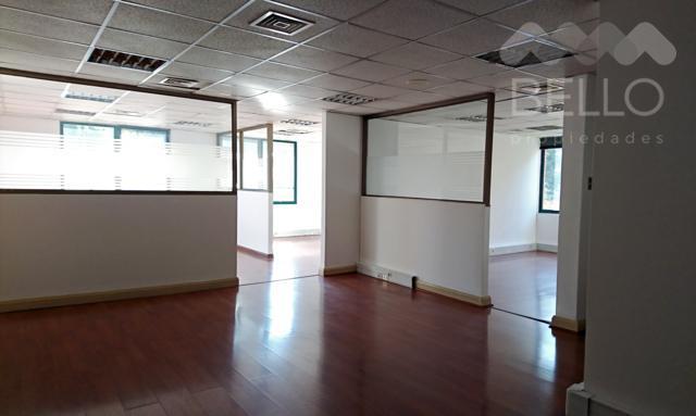 Arriendo Oficinas 231 m2 UF 99 7P/4B Luis Carrera - Las Hualtatas Vitacura
