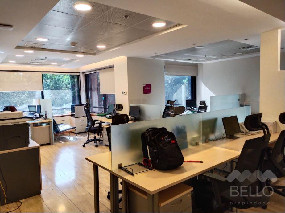 Arriendo Oficina Habilitada Kennedy - Parque Arauco 226 m2 UF 101,7