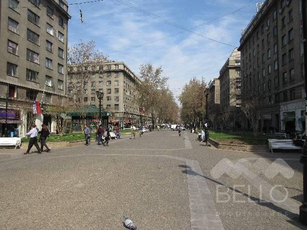 Venta oficina Paseo Bulnes 100 m2 Metro Moneda