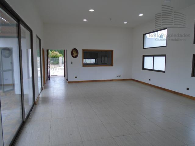 Vende Casa 340/5000 m2 Cond. Algarrobo de Batuco Lampa $330.000.000